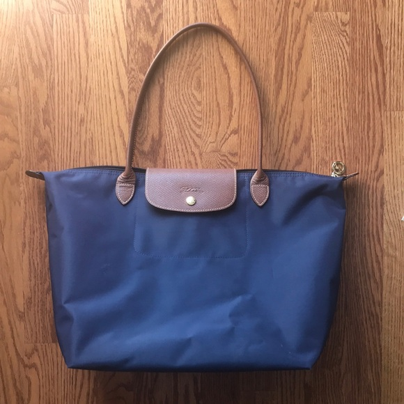 Longchamp Handbags - Long Champ Large Le Pliage Tote